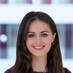 Olivia Ward headshot