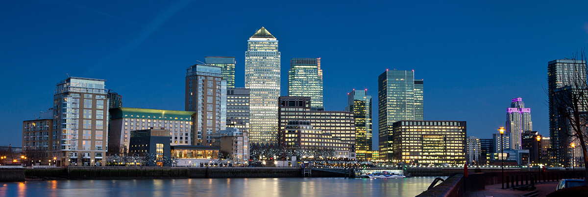 shutterstock_264375761 Canary wharf at night 26 04 19